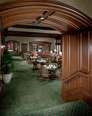 Bears Club dining entry 380 x 478