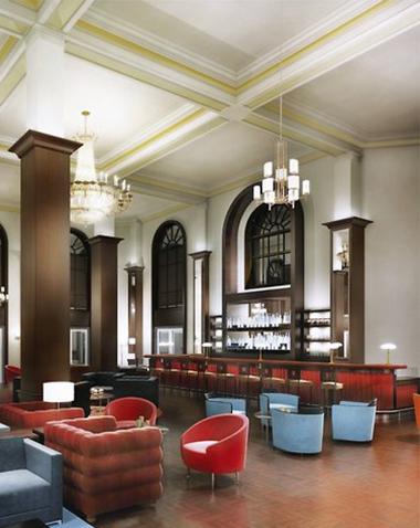 Hotel_British_Colonial_Hilton_Nassau_ lobby  380 x 478
