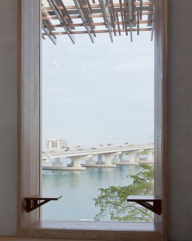 PAMM, window seating.   380 x 478